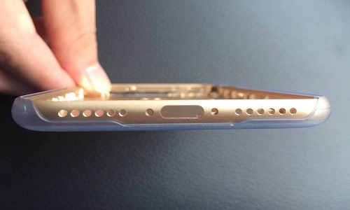 iphone-7-pictures-show-headphone-jack-is-gone