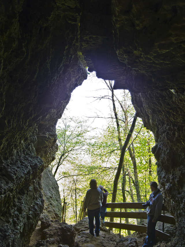 Wisconsin Explorer: Driftless for a Day - Hiking Wyalusing State Park