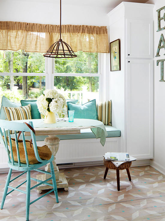 Mix and chic cottage style decorating ideas for Small beach house decorating ideas