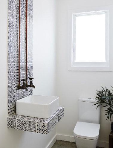 toilettes décoration marocaine