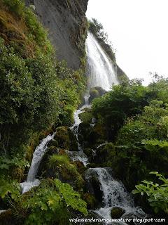 Alrededores de la cascada de Seljalandsfoss