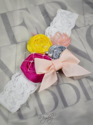 oryginalna podwiązka ślubna z kwiatami fuksja kokardka netstylistka blog modowy