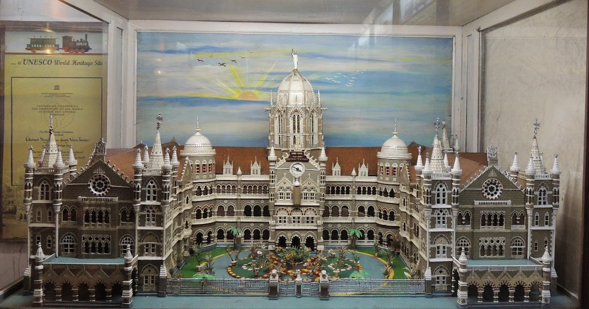Inside the Victoria Terminus... ( Chhatrapati Shivaji ...  Inside the Vict...