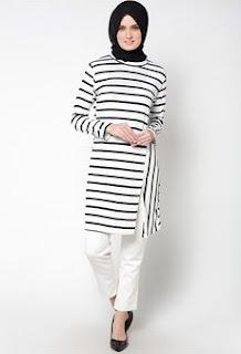 Desain Baju Muslim Untuk Wanita Dengan Harganya