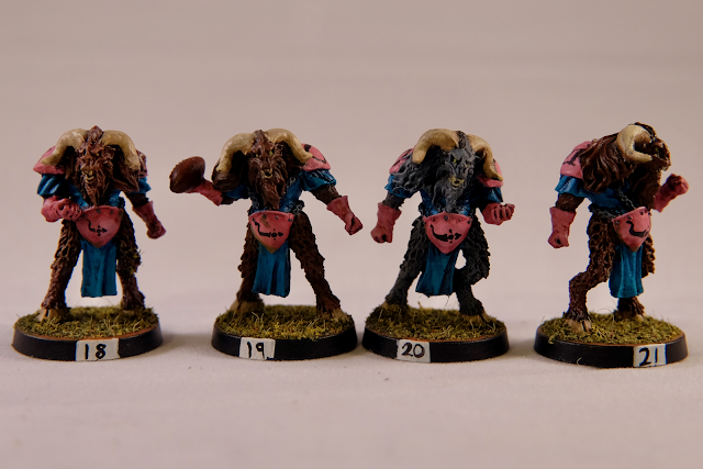 4 Beastmen Warriors
