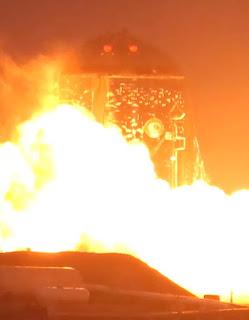SpaceX Starhopper test fire