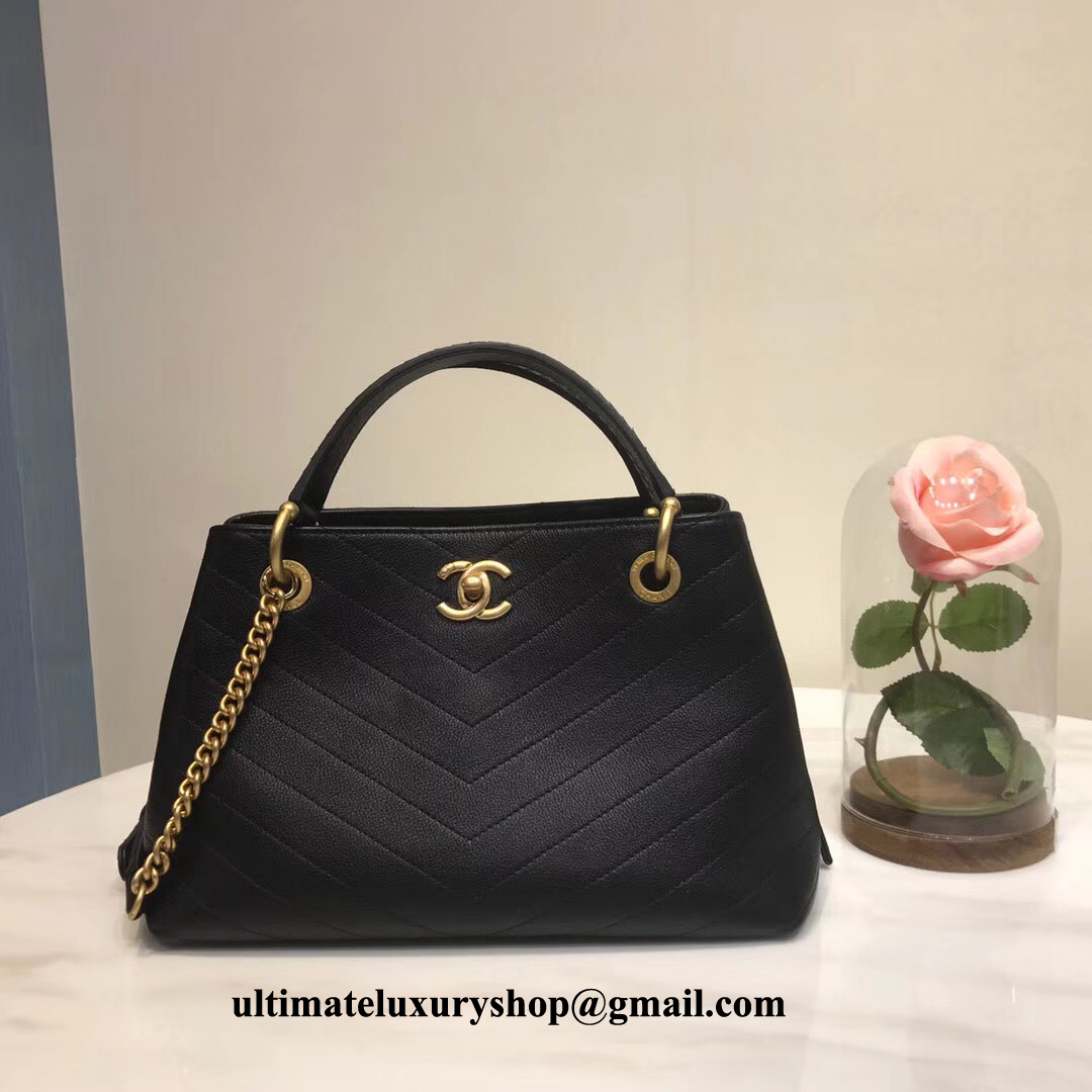 Best Replica Chanel Black Grained Calfskin Small Zipped Ping Bag A57150 Y83380 94305