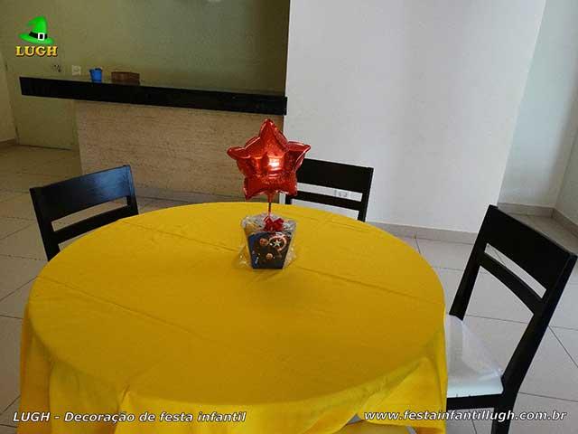 Enfeites de centro de mesas Os Vingadores - decoração provençal infantil