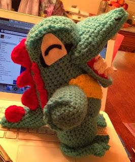http://translate.google.es/translate?hl=es&sl=en&tl=es&u=http%3A%2F%2Frobezpierre.deviantart.com%2Fart%2FTotodile-crochet-pattern-395922080