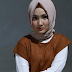 Tips Pilih Pakaian yang Bikin Terlihat Lebih Langsing ala Fatin Shidqia