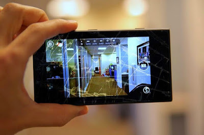 thay mặt kính Nokia Lumia 1020 bao nhiêu tiền