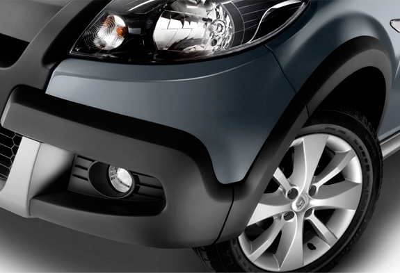 car in Renault Sandero Stepway 2013
