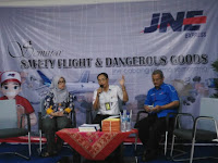 JNE Gandeng Asperindo Gelar Seminar Safety Fight & Dangerous Goods