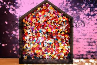 Półka ozdobiona konfetti DIY