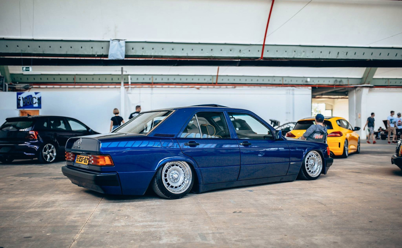 Mercedes Benz W201 190e Stance Style Benztuning