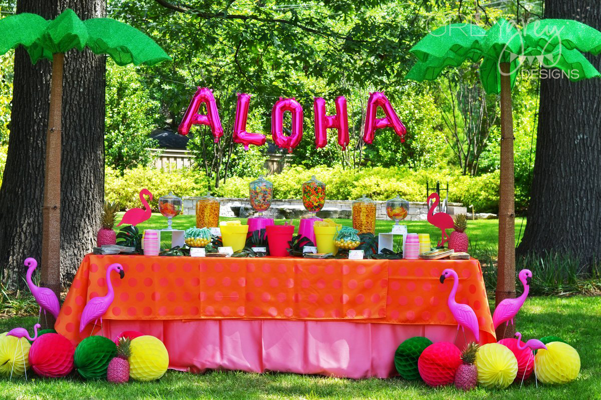 GreyGrey Designs: Aloha High School Luau Themed Graduation Party