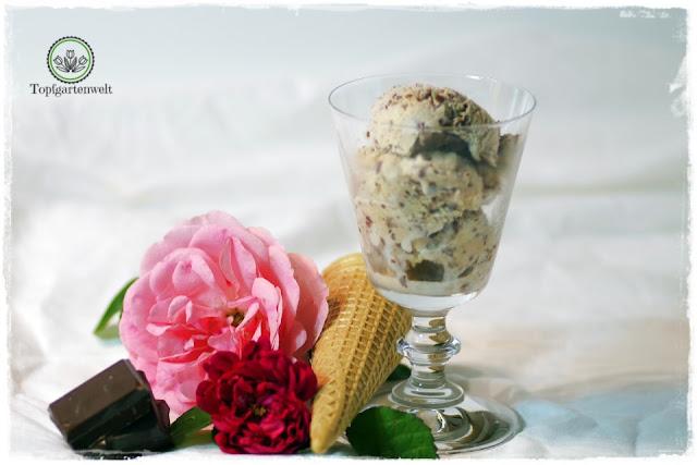 Eis selber gemacht wie in Italien - Stracciatella-Eis-Rezept ohne Eismaschine - Foodblog Topfgartenwelt