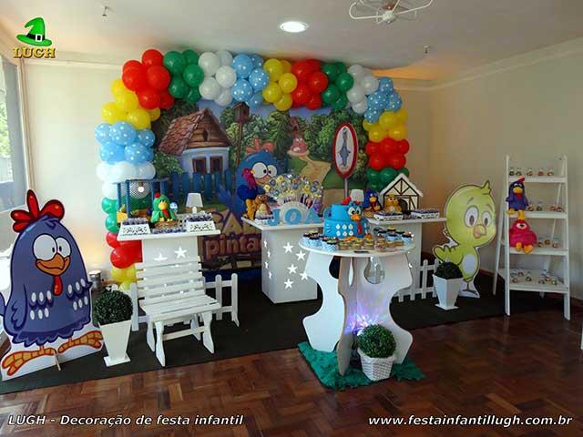 Mesa tema de aniversário Galinha Pintadinha - Provençal simples
