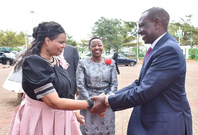 Find A Woman Who Looks At You The Way Rachel Looks At DP Ruto