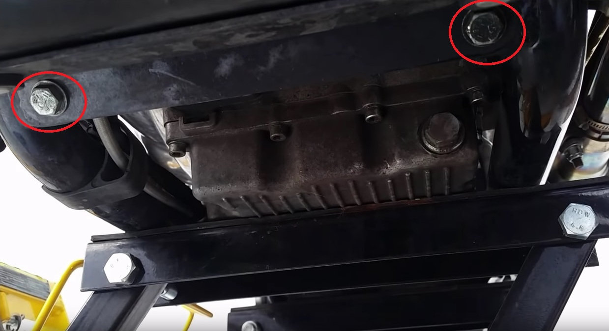 Waroeng kopi how to change oil and oil filter 2013 hd for Where to dispose of old motor oil