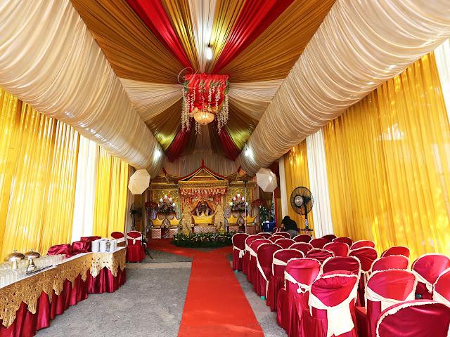 Tenda resepsi ernikahan VIP modern multi warna