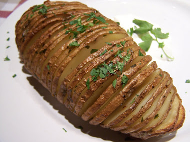 Garlic Butter and Parsley Hasselback Potatoes