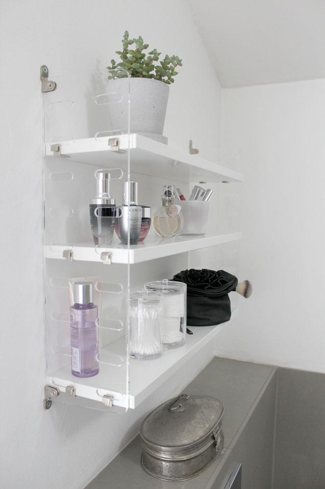 Stylische Ordnung im Bad mit dem STRING Pocket Plex / Mo'Beads / Monika Thiede