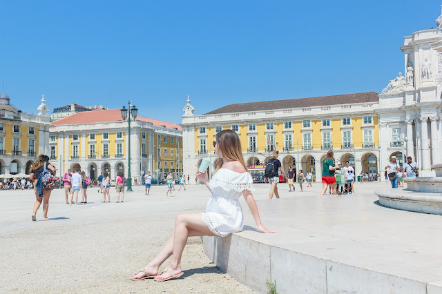 Visit Lisbon with Quick Travel Guide to Portugal by UK Travel Blogger Iga Berry