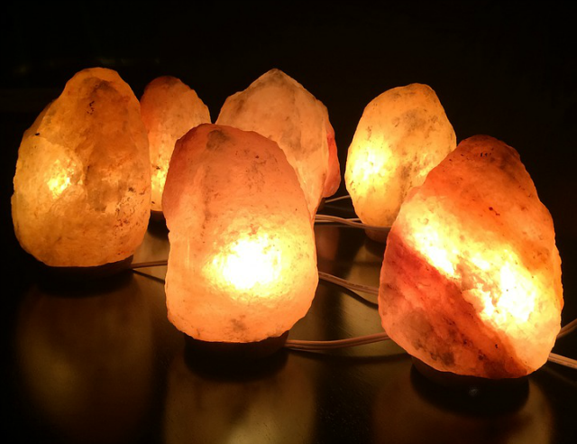 Himalayan Salt Lamp to reduce stress and anxiety