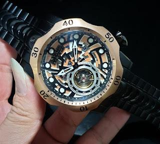 Jam tangan pria invicta