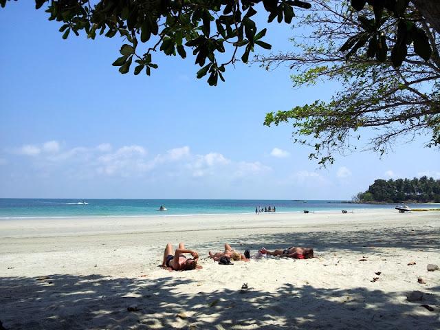 Cobain Water Sport dengan Travelling ke Pantai Pulau Bintan