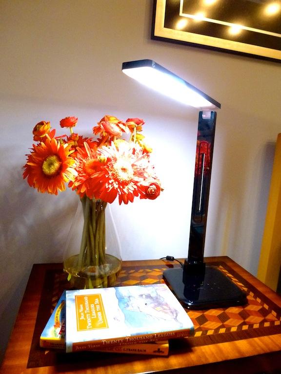 Awe Inspiring Best Led Desk Lamp Lightblade 1500 By Lumiy Lumiy Download Free Architecture Designs Philgrimeyleaguecom