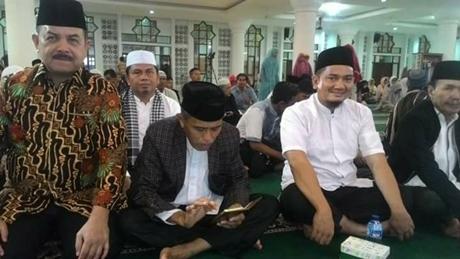 Fauzi Bahar Hadiri Muhasabah Sambut Tahun Baru di Masjid Agung Nurul Iman