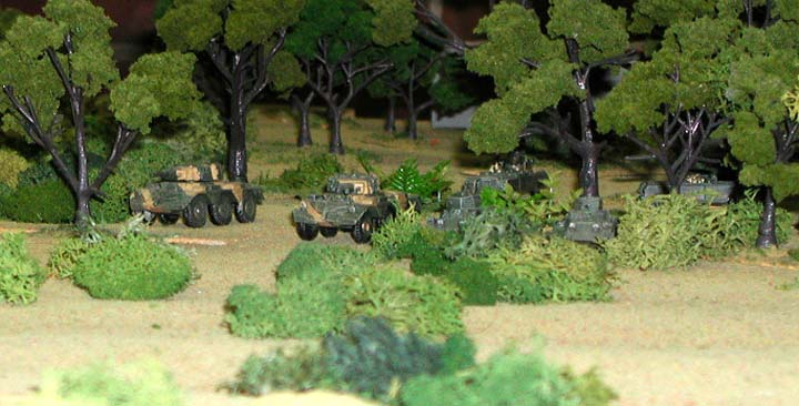 Uwandan armored cars advance