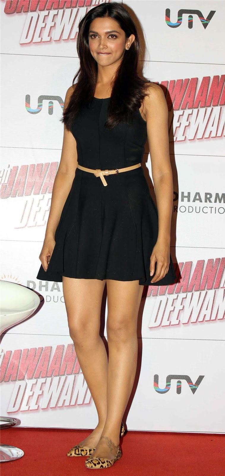 Deepika Padukone hot thighs