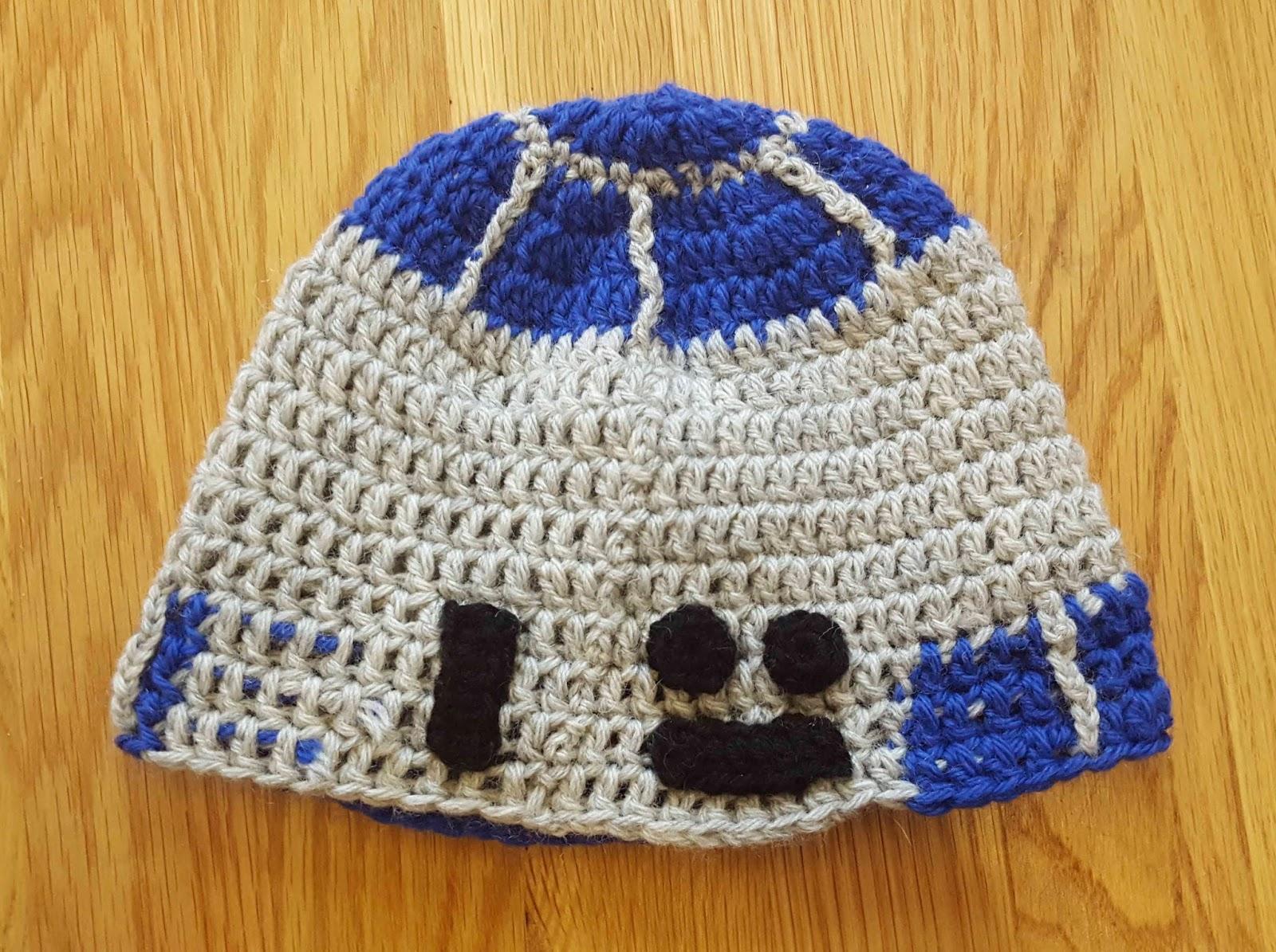 ChemKnits: A Crochet R2-D2 Hat