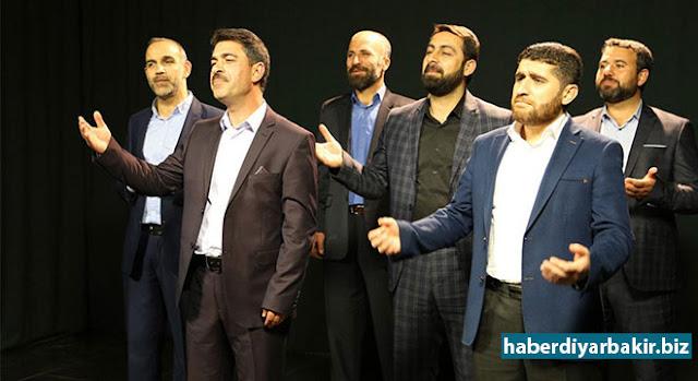 DIYARBEKIR-Hunermendên Ozlem Ajansê yên ku di bernameyên Wîladeta Pîroz ên ji teref Platforma Evîndarên Pêxember ve tên lidarxistin de awaz û îlahî dibêjin ji bo îsal bi Erebî, Kurdî (Kurmancî-Zazakî) û Tirkî beste çêkirin.