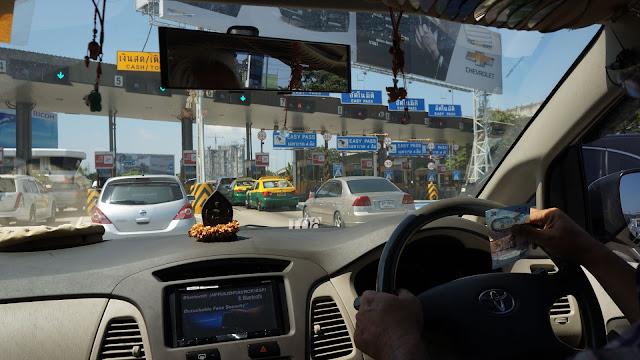 Изображение дорожной обстановки по пути в Бангкок