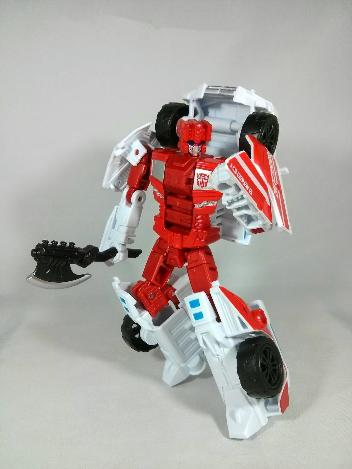 Generations First Aid combiner wars