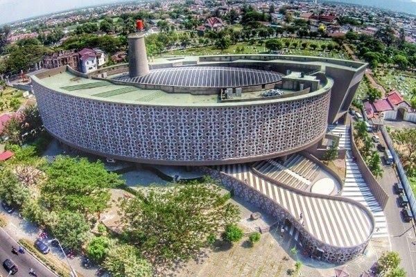 Museum Tsunami Aceh Yang Mempesona