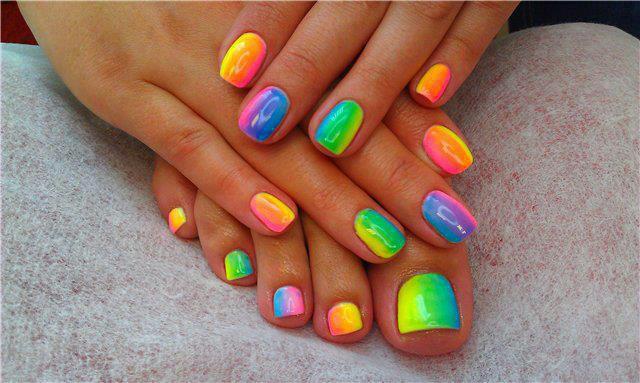 paso a paso como decorar uñas acrilicas