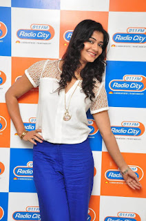 Kashmira Kulkarni Pictures with Drishya Kavyam Movie Team at Radio City