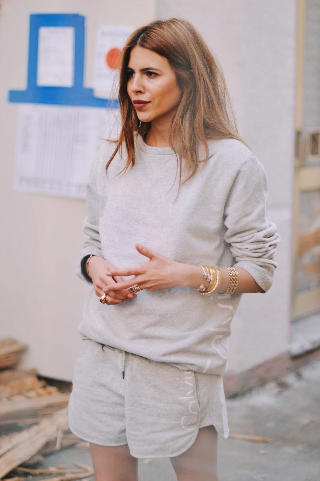 Maja Wyh - Calvin Klein Sweatshirt + Shorts