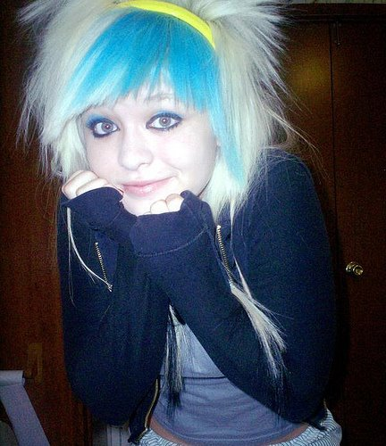 hair styles and makeup white emo