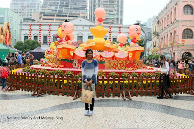 Took photo at Largo Do Senado or Senado Square, a history rich tourist attraction  displays Chinese New Year decoration