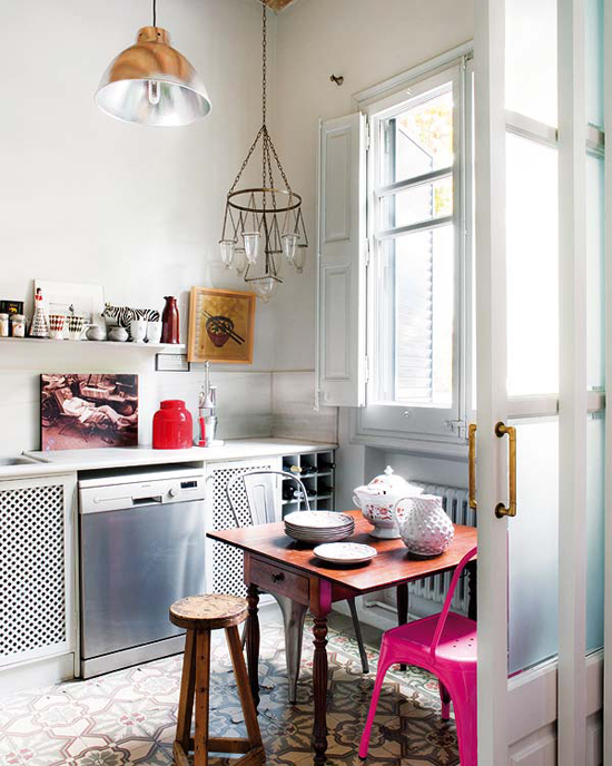 Eclectic kitchen designed by Montse Esteva via Nuevo Estilo #eclectic #interiors #kitchen