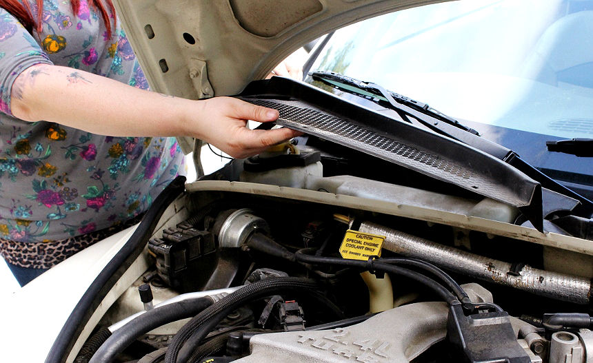 How to change your cabin air filter- and other simple tips to refresh your car's air quality! #FRAMFreshBreeze #AD PTCruiser