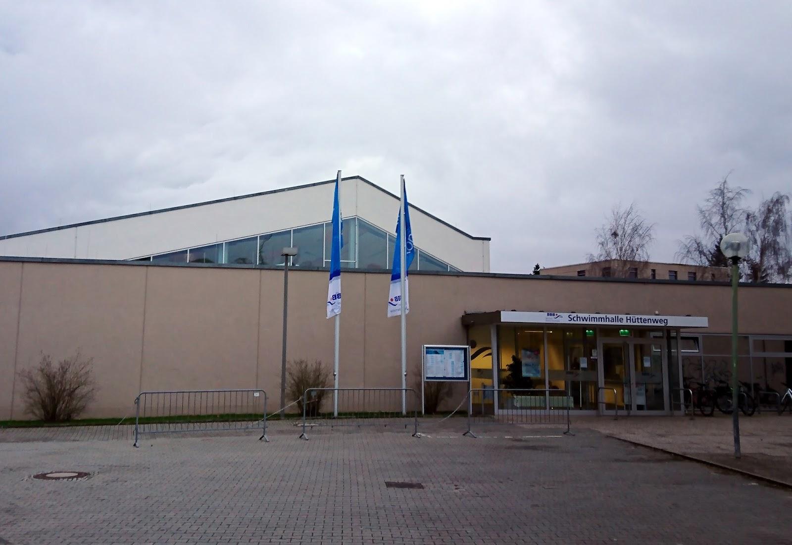 Iberty schwimmbad berlin dahlem schwimmhalle h ttenweg for Finckensteinallee schwimmbad