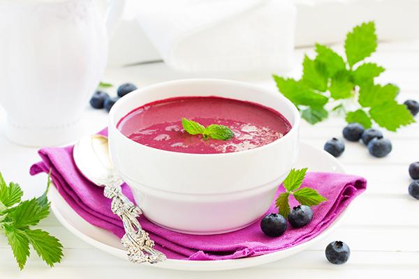 Blabärssoppa - supa de afine suedeza