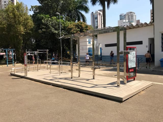 Parque CERET - Equipamento de alongamento